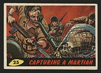 1962 Topps Mars Attacks #25 Capturing a Martian - Front