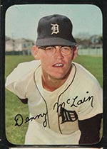 1969 Topps Supers #17 Denny McLain Detroit Tigers - Front